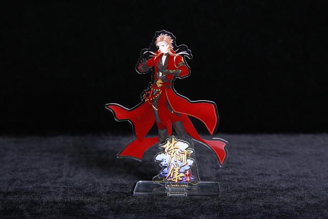 图片: 图7:圣火令亚克力人形立牌_调整大小.JPG