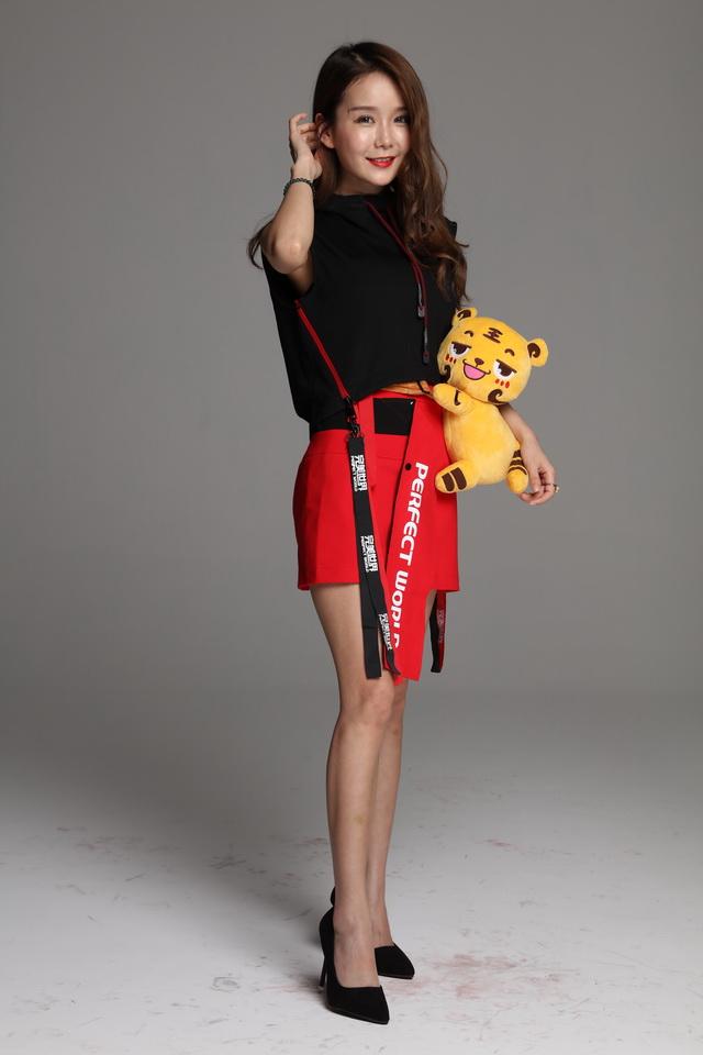图片: 图14:姜小虎抱大腿包+_调整大小.JPG